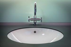remplacement robinets de salle de bain vous même